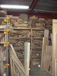 加工用の冶具の山