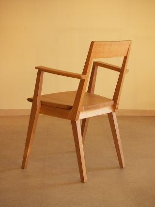 オリジナルデザイン木製椅子 Kアームチェアー後
