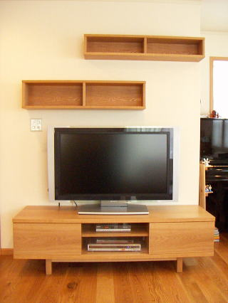 テレビボード正面