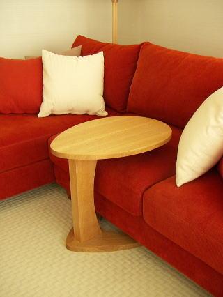 ソファで使うサイドテーブル