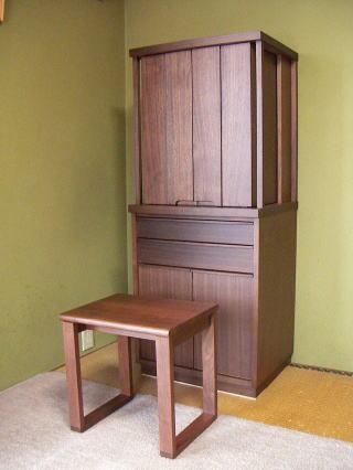 扉を閉じたお仏壇