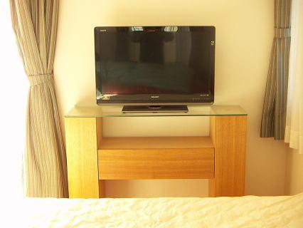 寝室テレビ台