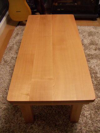 サクラテーブル