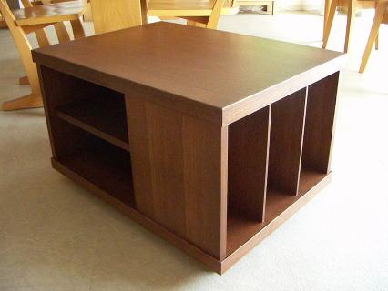 収納BOX型センターテーブル 表面