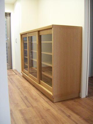 引戸食器棚