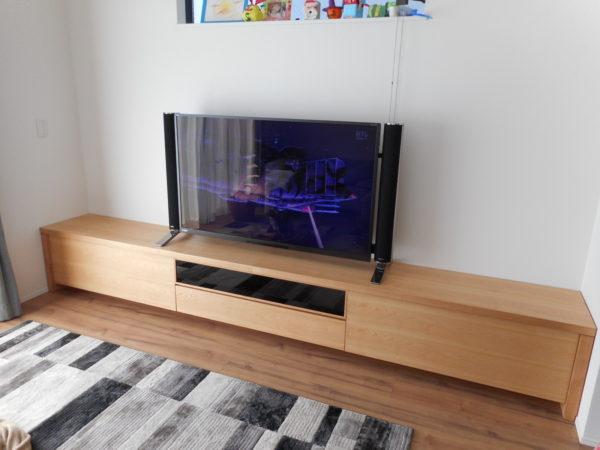 サクラ材のシンプルローボード|オーダー家具 作例