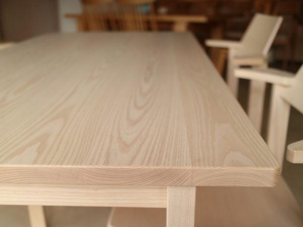 テーブル天板のアップ写真